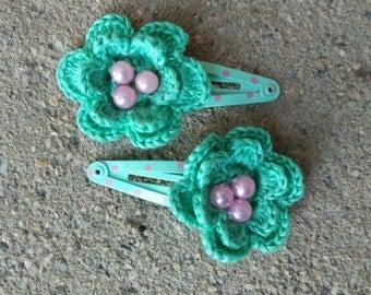 Girls Hair Clips Crochet, set of 2, green, hair fashion, kids accessories, baby, adorable Crochet Flower bead, couple
