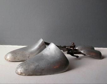 Vintage Metal Shoe Trees, Shoe Lasts, Shoe Shaper, Shoe Stretcher, Shoe Storage, Shoe Care, Antique Shoe Trees, Pair of Metal Shoe Lasts