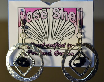 Black and white glass with double hoops