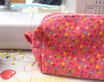 Pink Heart Patterned Cosmetic Bag