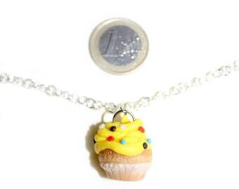 Lemon cream cupcacke necklace in Fimo