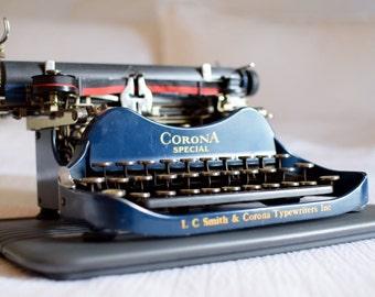 BLUE Corona 3 SPECIAL Typewriter