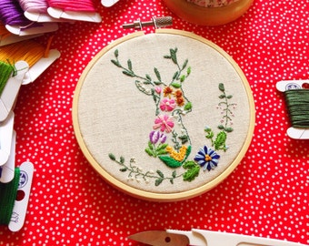 Autumn Florals & Deer Hand Embroidery Pattern, DIY Holiday Embroidery Pattern, PDF Pattern, Flower Embroidery Pattern, Hoop Art