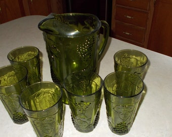 green harvest glass and pitcher set