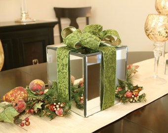 8 inch - Holiday Decor Mirror Box