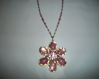 Vintage 80s LizPaiacios S.F. Pink Flower Cabachons/Crystal Neclace