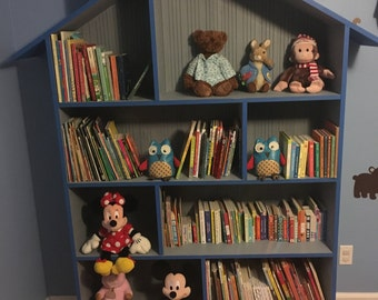 Bookshelf for children