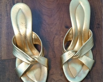 1960s Original Pollys of California Gold Open Toe Kitten Heeled Mules Size 5