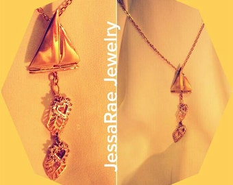 Jewelry necklace gold sail boat