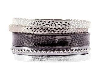 Alissa leather cuff