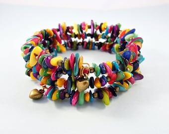 Colorful beaded bracelet / memory wire wrap bracelet / stretch bracelet / heart charms