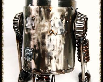 """Metal Sculptures R2D2 Star Wars """"Collectors Item"""""""
