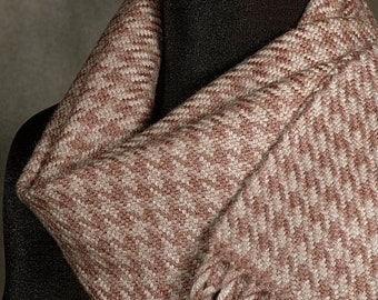 Houndstooth scarf / Handwoven merino wool winter scarf / brown scarf