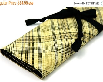 SALE Large knitting needle case - countryville plaid - black pockets for circular, straight, dpns