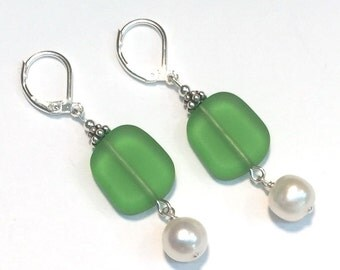 Green Matte Glass and Pearl Dangle Leverback Earrings.