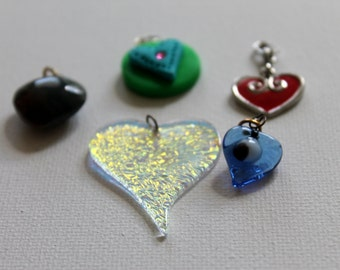 A variety of 5 Heart Charms, Item H113