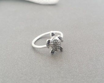 Sea Turtle Charm Ring, Sterling Silver, Beach, Summer jewelry, turtle ring, silver ring, ring band,