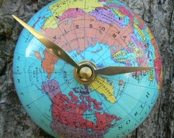 1/2 Globe Clock - Northern Hemisphere