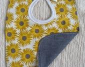 Yellow daisy bib