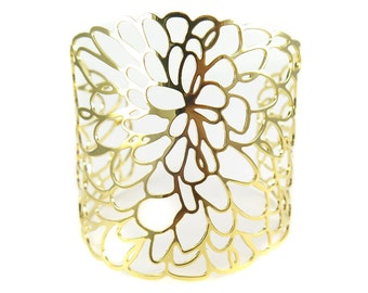 Huge Gold Plated Flower Cuff - (1x) (K708)