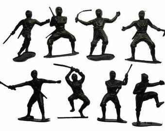 12 x Ninja Warrior Plastic Figures