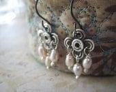 Pearl Earrings, Sterling Silver, Oxidized Sterling, Genuine Pearls, Freshwater Pearls, candies64