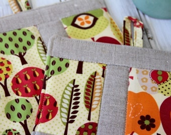 Patchwork Pot Holder, Trivet, Hot Pad, Kitchen Set, Apple Pear Trees with Linen Patchwork 1