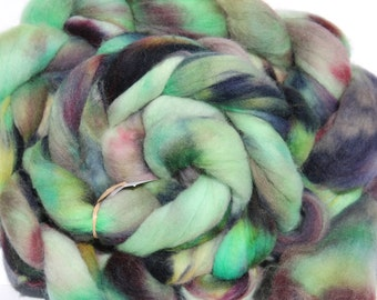 Kettle dyed Corriedale top. Roving. Spin. Felt. 1lb #31