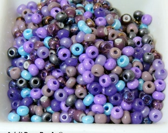 Purple People Eater Bead Mix Rockin the 50's size 6 seed bead mix 50 Grams Halloween