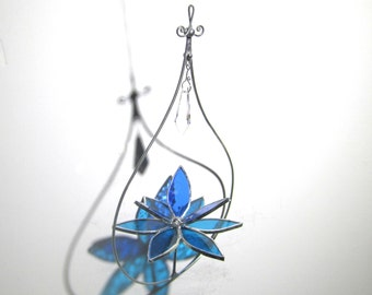 Mesmerizing - 3D Stained Glass Lotus Spinner - Blue Spinning Flower Suncatcher Ornament Home Garden Decor Crystal Prisms (READY TO SHIP)