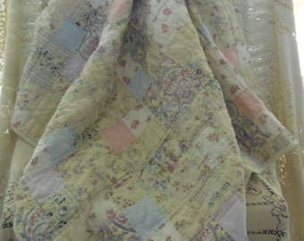 """Rare Rachel Ashwell Postage Stamp Patchwork 40""""x40"""" Quilt Girl Girly Vintage Pink Roses"""