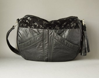 The TUNDRA black leather bag // hobo slouchy crossbody bag