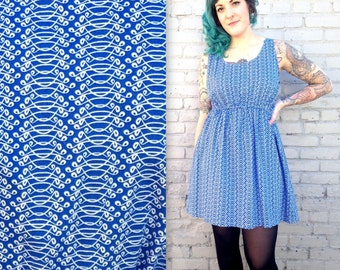 Vintage BABYDOLL Summer Dress // BLUE and WHITE design // Women's Plus Size // Large // Busty // Above the knee // spring cotton
