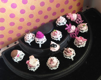 Set of 12 Girlie Whirlie Faux Frosting Cupcake OS Rings Decoden Jewelry