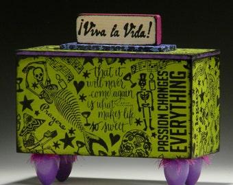 Handmade box, Viva la Vida!, wood box, Dia de los Muertos, Urn, Day of the Dead, Green collectible box