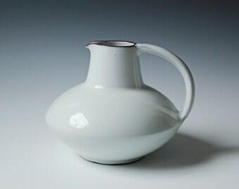 Modern Danish white pitcher Edith Keramik hand signed - Mid-century Danish Keramik porcelain vessel