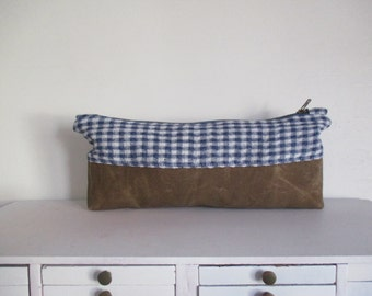 Gingham Linen and Waxed canvas Clutch Zipper Bag makeup pouch catchall toiletry storage bag Boho Modern Mom cosmetic case diaper