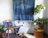 Indigo Dye Tapestry, Tie Dye Wall Art, Boho Wallhanging, African Textiles, Tie Dye Mudcloth, Tassel Tapestry, Bohemian Home Decor