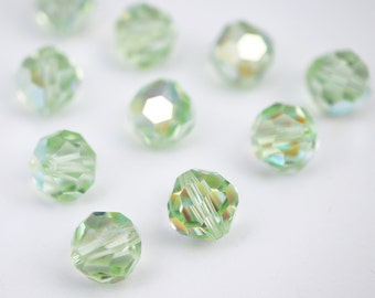 10 pcs Vintage Austrian crystal beads, green crysolite AB faceted round article 39 8mm