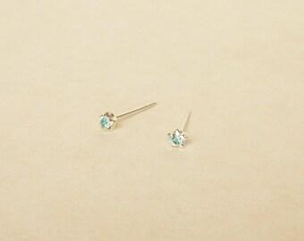 3 mm Teeny Tiny Aquamarine Crystal 925 Sterling Silver 5 Prongs Star Stud Earrings,Bridesmaid Gift,Hypoallergenic Earrings,Cartilage Earring