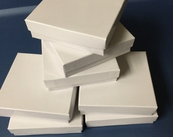 16 White jewelry boxes 3.5 x 3.5 x 1