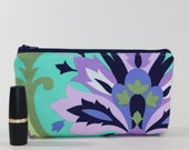 Compact Divided Cosmetic Bag - 2 Compartments - Emerald Trumpet Flowers