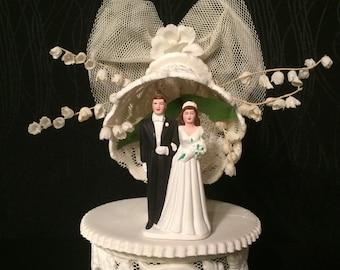 Unique Vintage 1950s Bridal Ceramic Marriage Bride Groom Wedding Bell flower white Cake Topper heirloom