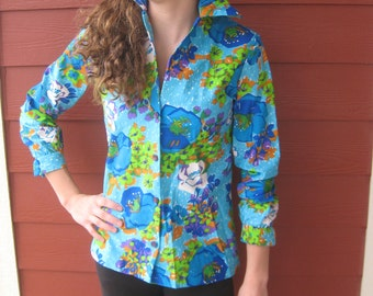 Vintage Floral Blouse by Lanie J - Graphic Shirt  - Hippie Kitsch That 70s Show Vibe - Kitty Forman (4193-W)