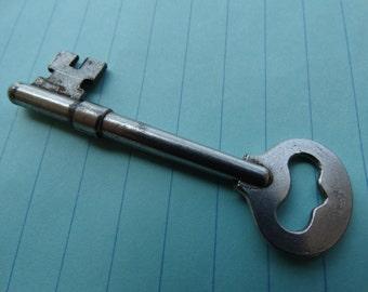 Key Skeleton Key, Door Key, House Key, Jail Key, Skeleton Key, 1890's, Solid Steel, Jailer Keys, Prison Locksmithing Texana, Antique, T-22