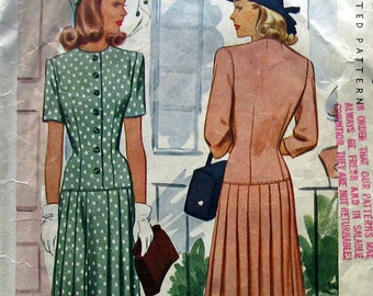 Vintage 1940s Womens Dress Pattern With Long LIne Bodice And Pleated Skirt McCall 5179 Sz 12