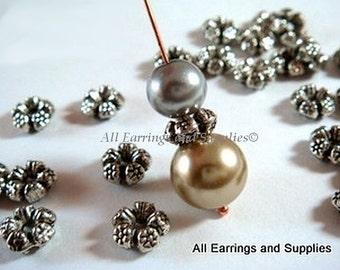 25 Silver Spacer Beads Flower Tibetan Antique 7.5mm - 25 pc - 4989-9