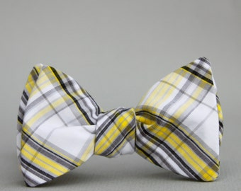 yellow & grey freestyle bow tie