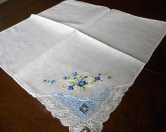 VINTAGE Blue Embroidered & Flower Lace Corner Handkerchief