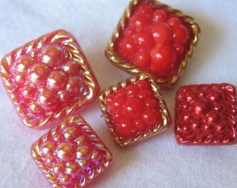 Lot Set of 5 VINTAGE Square Pebble Top Red Glass BUTTONS